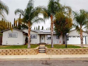 4279 Woodland Dr, Crestwood, CA