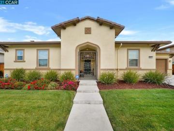 447 Avondale Ct, Brentwood, CA