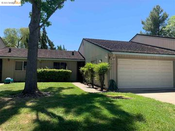 5 Selena Ct, Antioch, CA, 94509 Townhouse. Photo 2 of 20