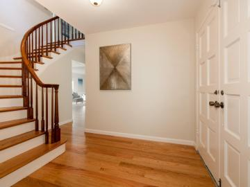 517 Levin Ave Mountain View CA Home. Photo 3 of 23