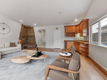 529 Terrace Ave Half Moon Bay CA Home. Photo 4 of 39