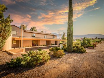 551 El Rancho Dr, Under 5 Acres, AZ