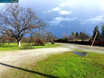 605 Quartz Hill Rd, Redding, CA