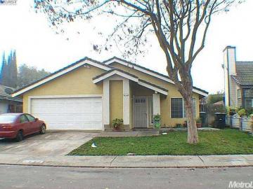 624 Park Hurst Way, Modesto, CA