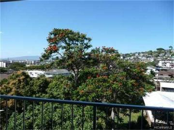 Kunawai Terrace condo #C/614. Photo 3 of 10