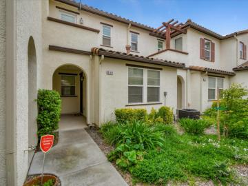 8164 Crystal Walk Cir unit #136, Elk Grove, CA