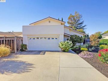 817 Hazel St, Rhonewood, CA