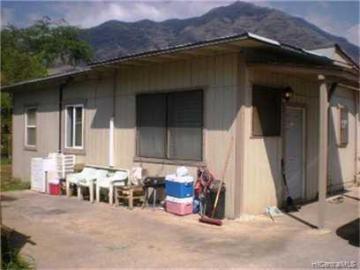 84-552B Farrington Hwy Waianae HI Home. Photo 2 of 3