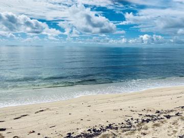 91-409 Ewa Beach Rd Ewa Beach HI Home. Photo 1 of 13