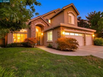 991 Autumn Oak Cir, Crystal Ranch, CA