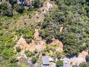Southbank Rd, Carmel Valley Village, CA